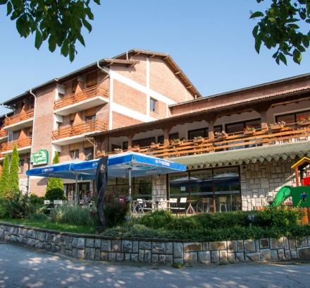 Туристически учебен център